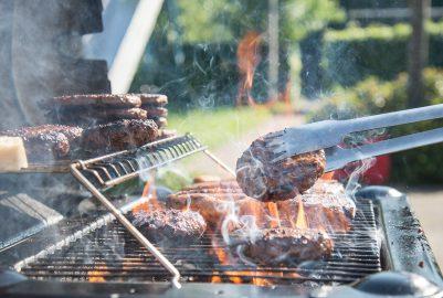 Barbecueën met je collega's na werktijd: 3 tips